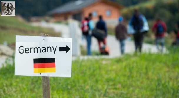 قصة مهاجر وبالأصح قصة لاجئ